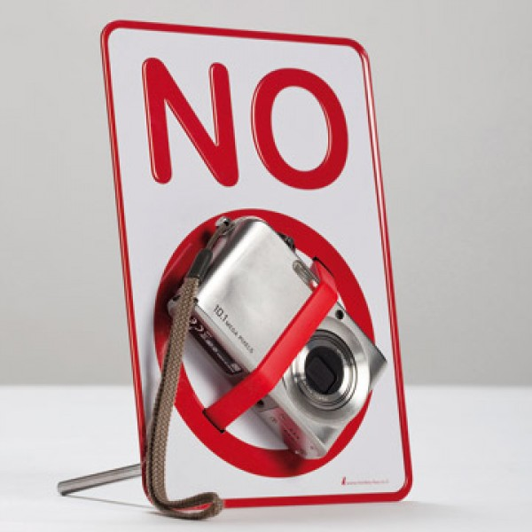 Placa Prohibido con Goma Gadget and Gifts